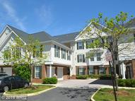 25230 Pond View Sq #101 Chantilly VA, 20152