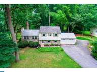 328 Horseshoe Ln Downingtown PA, 19335