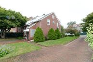 110-26 68 Rd Forest Hills NY, 11375