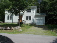 8070 Red Squirrel Dr Tobyhanna PA, 18466