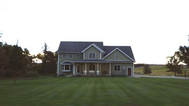 144 385th Ave Grinnell IA, 50112