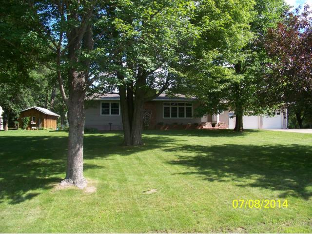 105 Carriage Hill Drive Hinckley MN, 55037